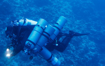 6. PADI Full Trimix Diver
